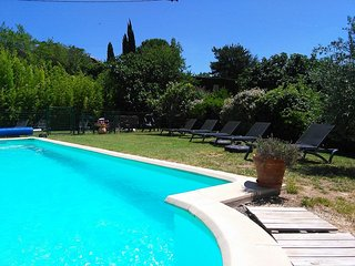 Gite 1 heated pool 5 miles/8 km Carcassonne perfect prices for perfect holidays