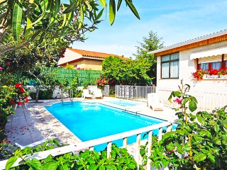 Catalunya Casas: Marvelous Villa Cambrils for 9 guests, only 2km from the beach!