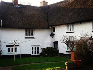 Stunning Devon Country Cottages - Badger's Cottage, sleeps 5, 2 bedrooms