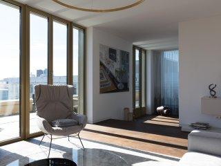 Sunny Penthouse w/ exclusive Design & Terrace btw Reichstag & Friedrichstraße