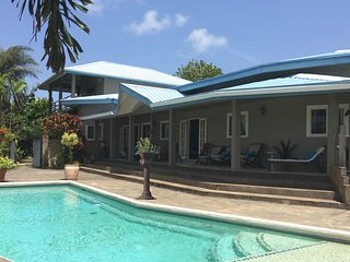 BEACHFRONT VILLA (POOL & BEACH ACCESS) with WIFI - Casa Cassini Tobago