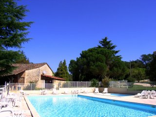 Villa 6/8 pers. #5 in **** Dordogne Holiday Resort