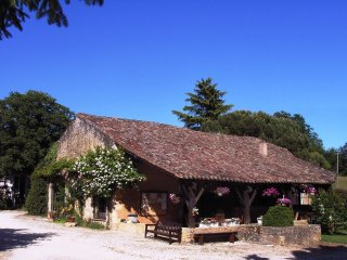 Cottage 15/20 pers. in **** Dordogne Holiday Resort