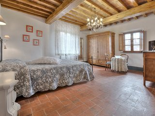 Charming Room in the Chianti countryside