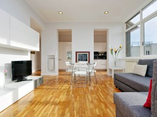 Bright and modern 1bdr with lovely terrace