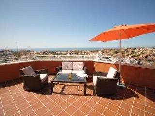 Penthouse, 180 degree private terrace, all day sunshine with panoramic sea views