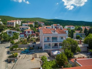 Two bedroom apartment Dramalj (Crikvenica) (A-5515-a)