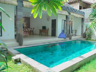 KUBU D'BUCU LEGIAN- KUTA. 2BEDROOM POOL VILLA. 10 MNT Walk to Padma Beach