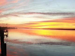Best Sunset Views on the Island! Waterfront, Boat dock, Elevator, pool, fish!