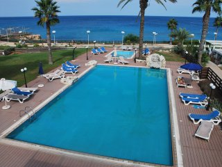Beach Front Luxury Apartment, Protaras Paralimni