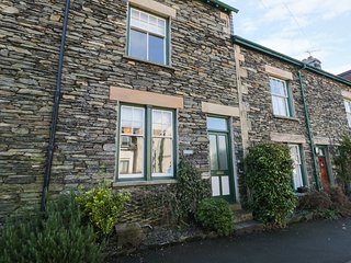 BLUEBELLS, en-suite, WiFi, great touring location near Windermere, Ref. 913813