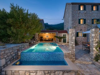 Stone villa with a pool, Bol, Brac