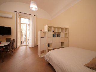 Two-rooms at Spaccanapoli