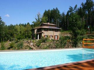 4 bedroom Villa in Chitignano, Tuscany, Italy : ref 5490583