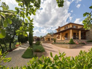 4 bedroom Apartment in La Costa, Tuscany, Italy : ref 5490536