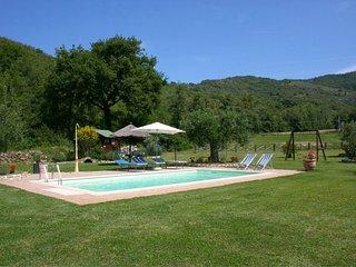 Polvano Villa Sleeps 4 with Pool Air Con and WiFi - 5490524