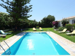 Villa Venus - 3 bedrooms with private pool & Wi-Fi