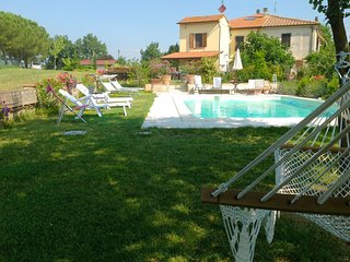 La Querce Villa Sleeps 7 with Pool - 5490558