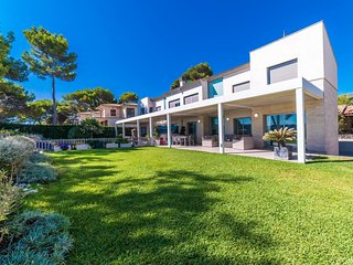 3 bedroom Villa in Playa de Muro, Balearic Islands, Spain : ref 5503153