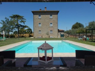 9 bedroom Villa in Cortona, Tuscany, Italy : ref 5490603