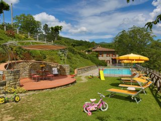 3 bedroom Apartment in Calcinaia, Tuscany, Italy : ref 5490398
