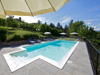 Borgo alla Collina Villa Sleeps 10 with Pool - 5490485