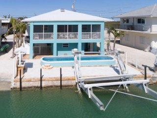 'THE PELICAN P00P' POOL, waterfront, A Really Cool Florida Keys Vacation Rental