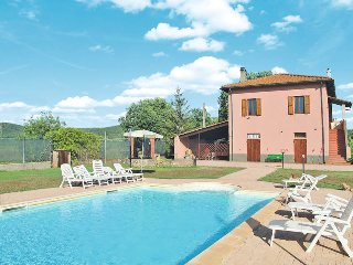 4 bedroom Apartment in Campiglia Marittima, Tuscany, Italy : ref 5446403