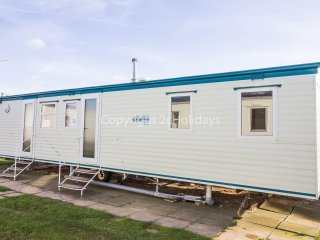6 berth caravan at California Cliffs Holiday Park, in Scratby. REF 50019E