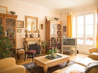 Stunning apartment close to the Eiffel Tower