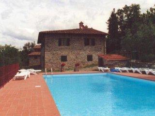 4 bedroom Villa in Pieve A Presciano, Tuscany, Italy : ref 5508693