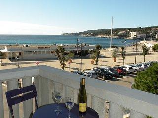Appartement tout confort avec vue sur la mer et le port, 2 chambres, 6 couchages