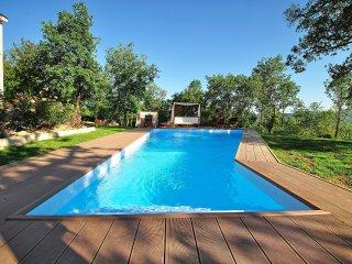 4 bedroom Villa in Buzet, Istarska Zupanija, Croatia - 5519232