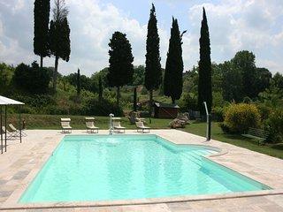 Armaiolo Villa Sleeps 8 with Pool Air Con and WiFi - 5490478