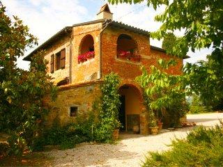 2 bedroom Villa in Castiglion Fiorentino, Tuscany, Italy : ref 5490525