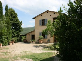 4 bedroom Villa in Mortelle, Tuscany, Italy : ref 5490381