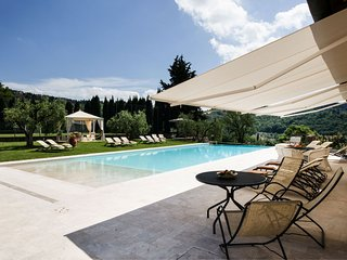 Tavernelle in Val di Pesa Apartment Sleeps 6 with Pool Air Con and WiFi