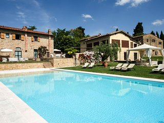 2 bedroom Apartment in Certaldo, Tuscany, Italy : ref 5490506