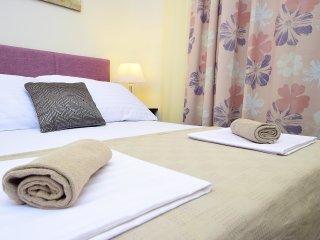 2 bedroom Apartment in Postira, Croatia - 5535091