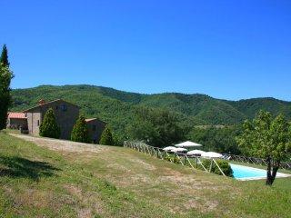 Piegaio Villa Sleeps 8 with Pool and WiFi - 5490596