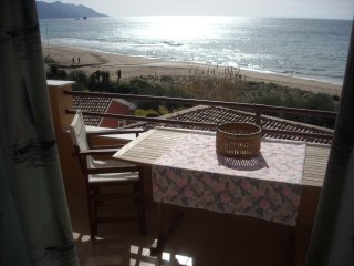Menigos 76 Apartment 1st floor, sea view 40 m from the beach