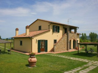 Capazzano Villa Sleeps 20 with Pool Air Con and WiFi - 5490557