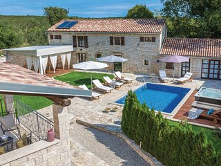 7 bedroom Villa in Mrgani, Istria, Croatia : ref 5537961