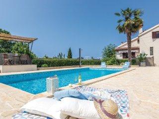 4 bedroom Villa in Vrvari, Istria, Croatia : ref 5520090