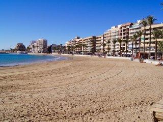 Coqueto apartamento para 4 personas  a 200 metros de Playa del Cura