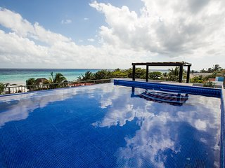 Villa Izcalli - Panoramic Ocean Views Luxury Villa!