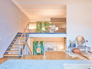 Bright & tastefully decorated Viktoriapark Loft in prettiest area of Kreuzberg