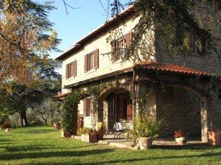 4 bedroom Villa in Pergaccio, Tuscany, Italy : ref 5490573
