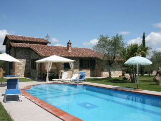 3 bedroom Villa in Castiglione del Lago, Umbria, Italy : ref 5490488