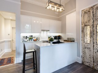 The Warwick Road Residence - IRV